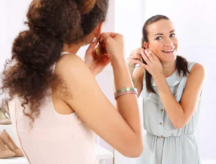 Accorder bijoux et tenues